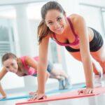 Jakie ćwiczenia stosować na powiększanie biustu?