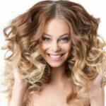 Jak dbać o kręcone włosy, aby miały ładny skręt?