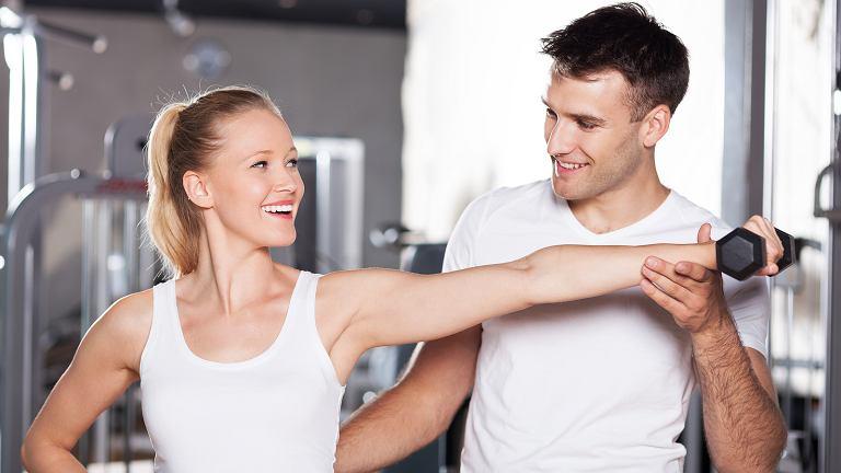 z21080816IECwiczenia na silowni jak cwiczyc Od czego zacza