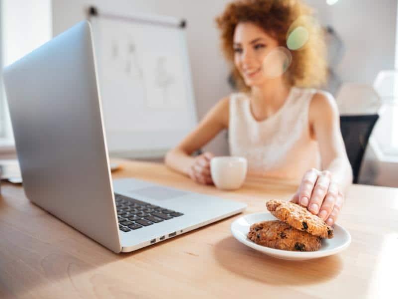 jak przestac jesc pod wplywem emocji metoda 5 krokow porady dietetyka 2422744